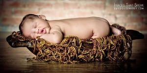 artistic newborn pictures