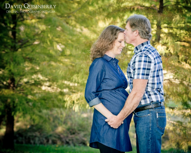 outdoor and studio maternity pictures