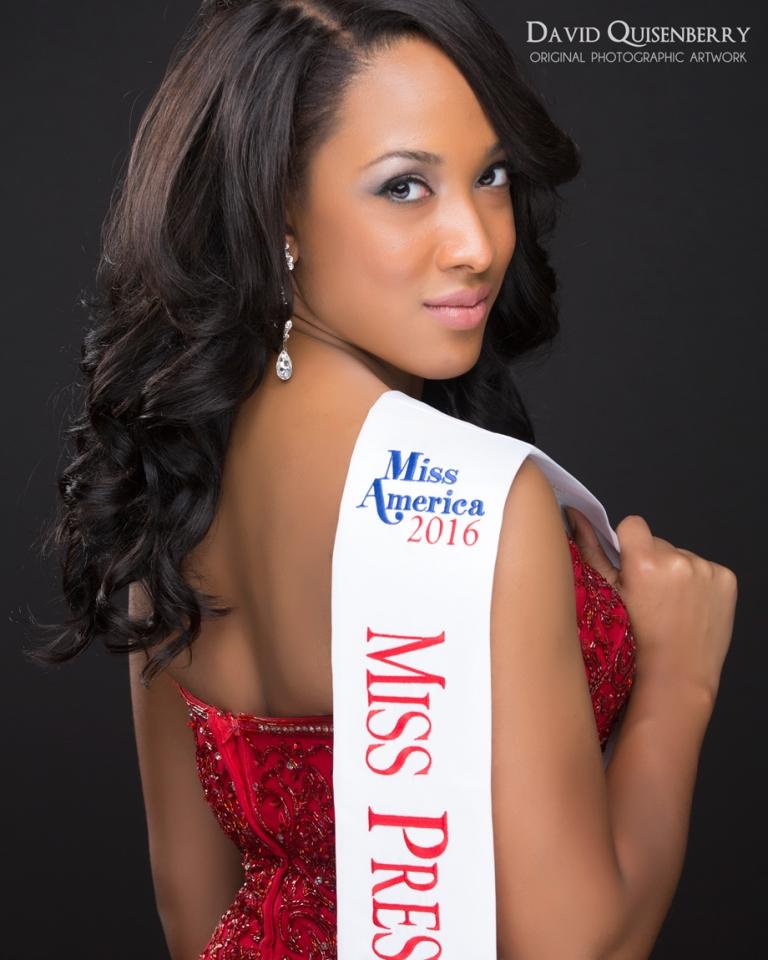 Miss-Texas-pageant-headshot